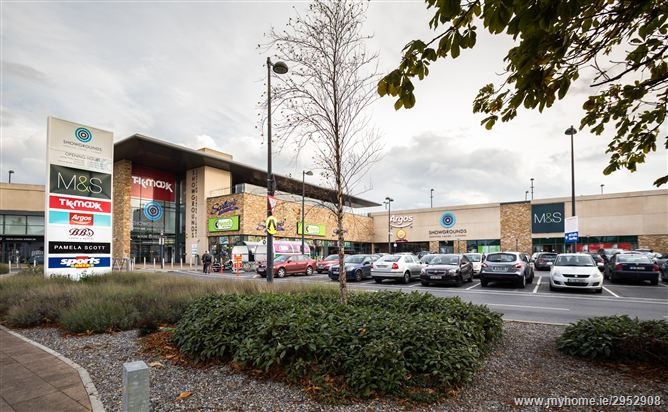 Showgrounds Shopping Centre, Davis Road, Clonmel, Tipperary