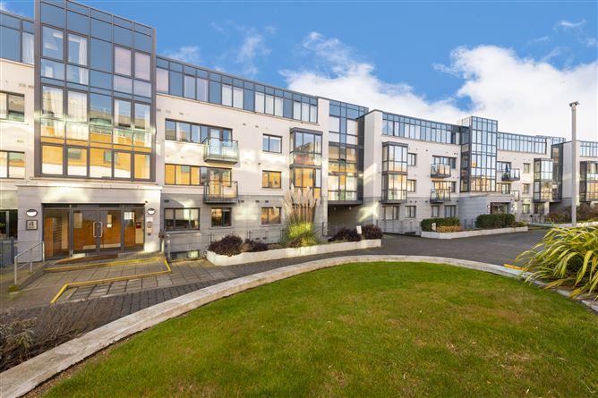Main image for 137 PARKGATE PLACE, Parkgate Street, Islandbridge, Dublin 8