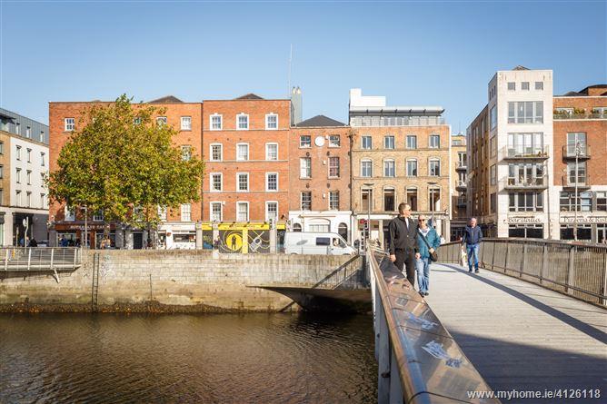 Apartment 5, 43 Essex Street East , Temple Bar, Dublin 2 ...