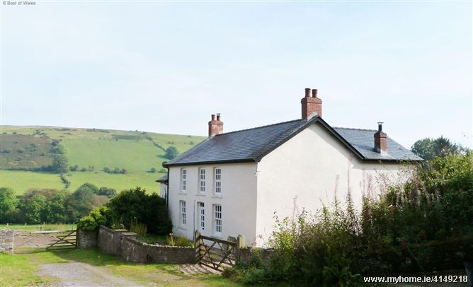 Onnen Fawr Farmhouse,Brecon, Powys, Wales