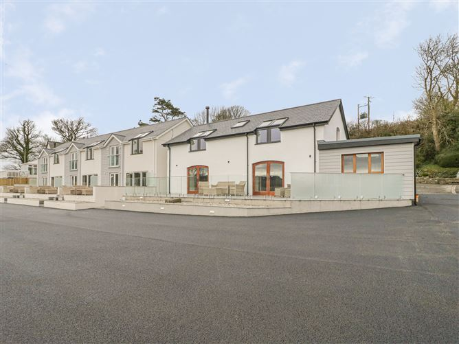 Main image for Yr Hen Stabl, Porthllongdy, RED WHARF BAY, Wales