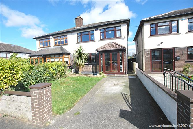 17 Dunmore Grove, Kingswood, Dublin 24