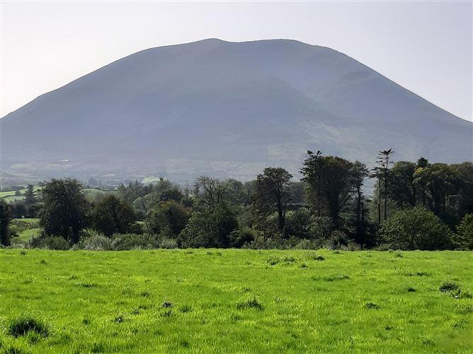Main image for Castlehill, Crossmolina, Mayo