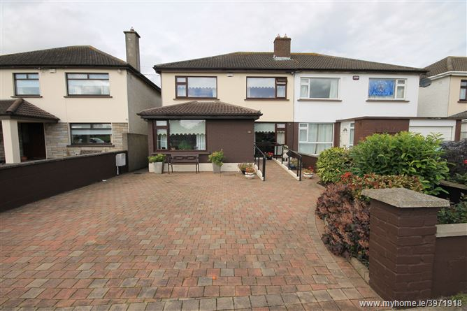 23 Hillcrest Close, Lucan, Co. Dublin
