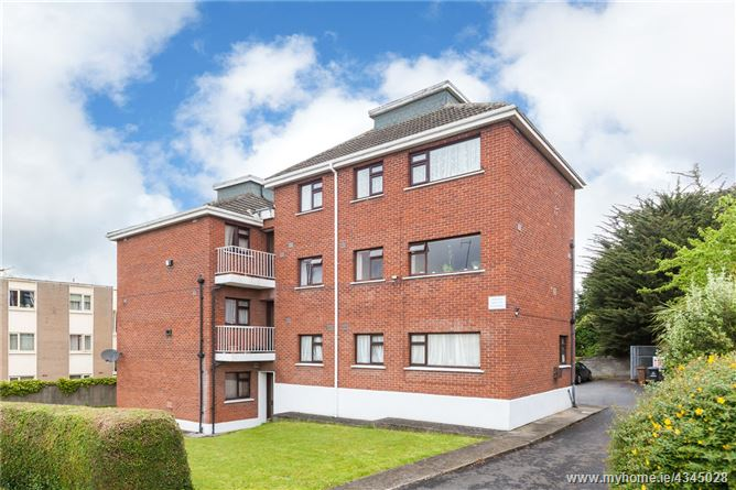 36 Mobhi Court, Off St Mobhi Road, Glasnevin, Dublin 9