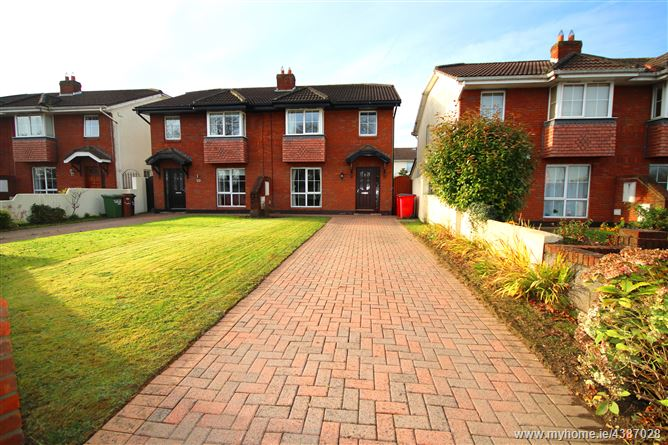 Main image for 33 Springlawn Heights, Blanchardstown, Dublin 15