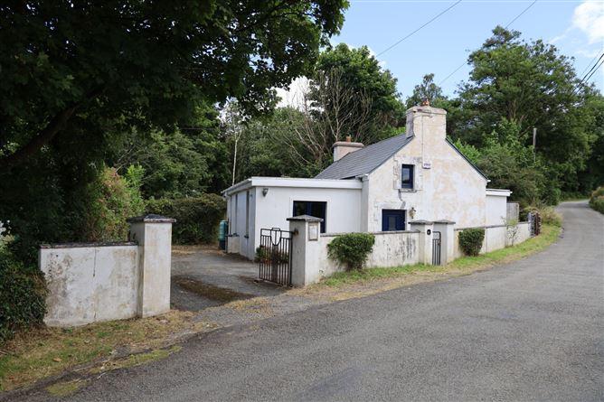 Main image for Railway Cottage, Rockfort, Innishannon, West Cork
