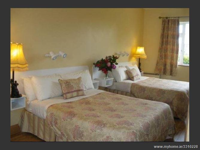 Main image for Redwood Country House & Apartments,Gortnacarriga, Killarney, Kerry