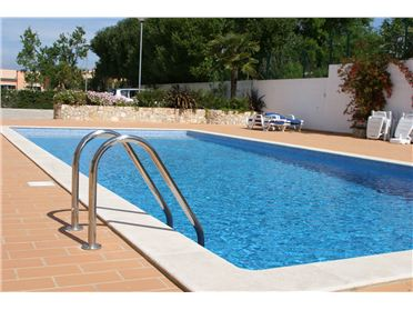 Photo of Beautiful 3 Bed Villa, Paderne, Algarve, Portugal