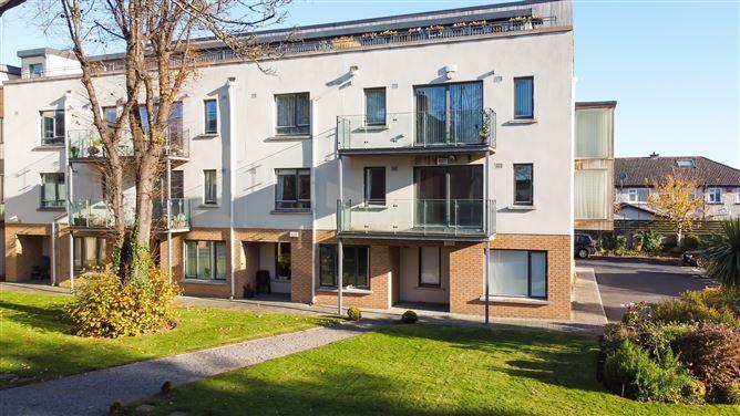 Main image for Apartment 12 Verville Court, Vernon Avenue, Clontarf, Dublin 3