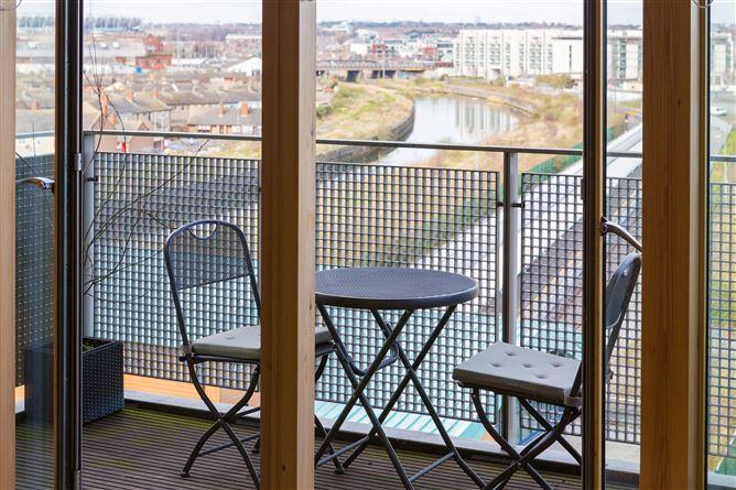 Main image for Longford House, Spencer Dock, IFSC, Dublin 1