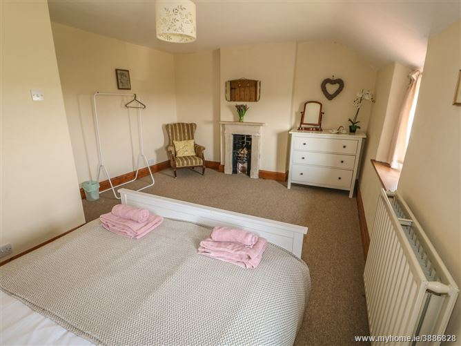 Main image for Grange Farm Cottage,Silk Willoughby, Lincolnshire, United Kingdom