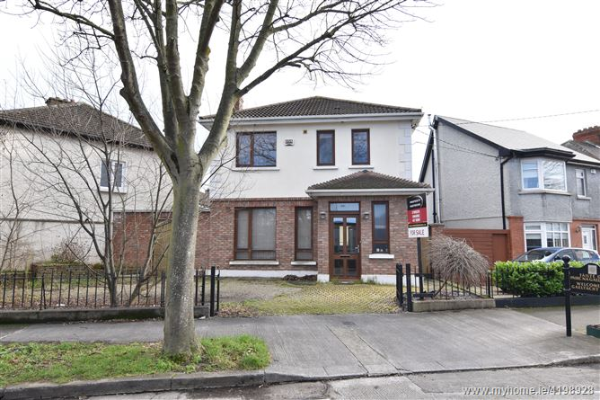539A Collins Avenue West, Whitehall, Dublin 9