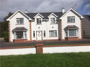 Photo of At Circular Road, Roscommon, Roscommon
