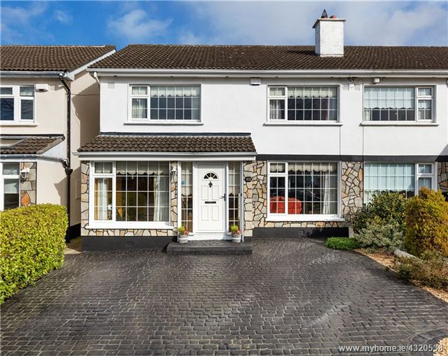 Main image for 102 Delwood Walk, Castleknock, Dublin 15, D15 F99F