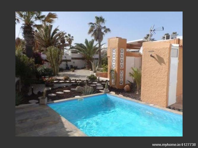 Calle, 38588, Arico, Spain