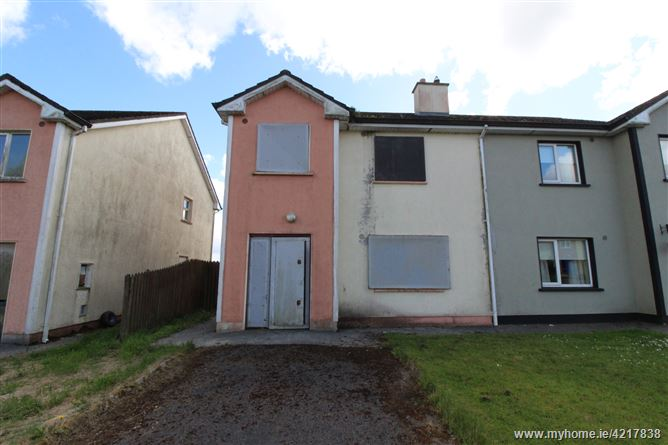 42 Shannon Valley, Ballaghaderreen, Roscommon