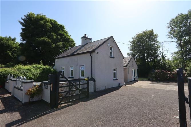 Main image for Rose Cottage, Riversfield, Kilmallock, Limerick