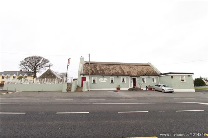 The Thatch Cafe Bar, Grannagh Castle, Kilmacow, Waterford