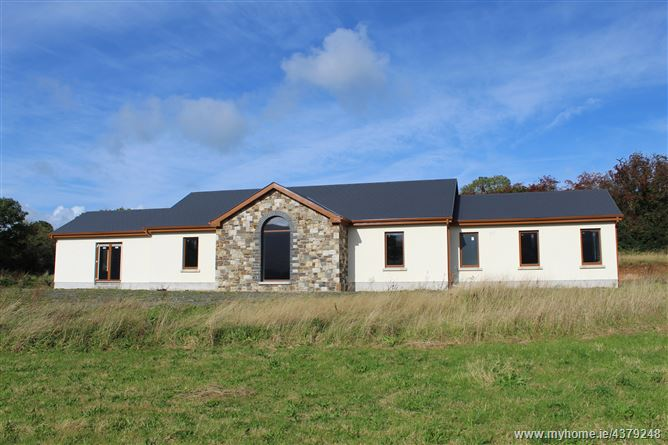 Hobson Acres, Ballinacourtie, Aherlow, Tipperary