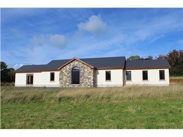 Main image of Hobson Acres, Ballinacourtie, Aherlow, Tipperary