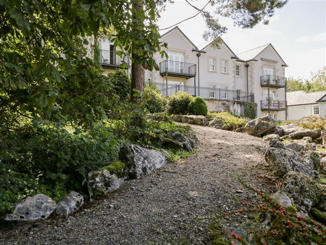 Main image for Hazelwood Retreat,Silverdale, Lancashire, United Kingdom