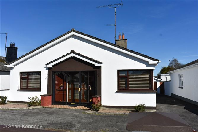 "63 Oaklawns ""Pattoni"", Mullingar, Westmeath"