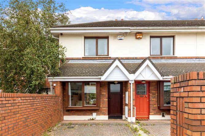 Main image for 19 Landsdowne Crescent, Landsdowne Park, Ballsbridge, D4
