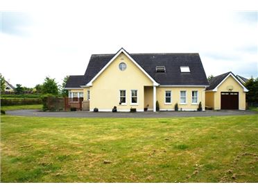 Main image of 12 Oak Park, Narraghmore, Co. Kildare