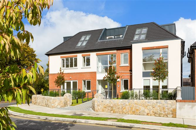 Three Bed Duplex, Amberley Court, Stillorgan Park Avenue, Blackrock, County Dublin