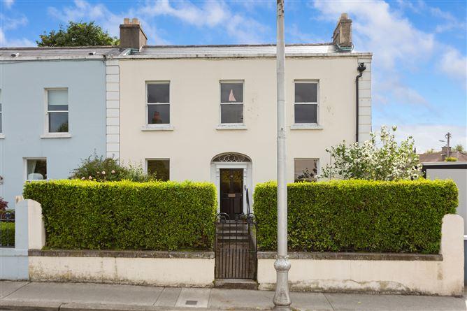 Main image for 38 Glasthule Road, Glasthule, County Dublin