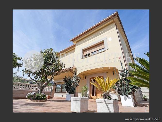 Calle, 08338, Premià de Dalt, Spain