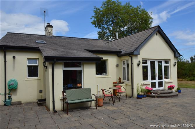 Main image for Raheen Rd., Tuamgraney, Clare
