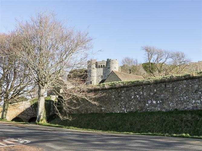 Main image for Bugle Cottage,Carisbrooke, Isle of Wight, United Kingdom