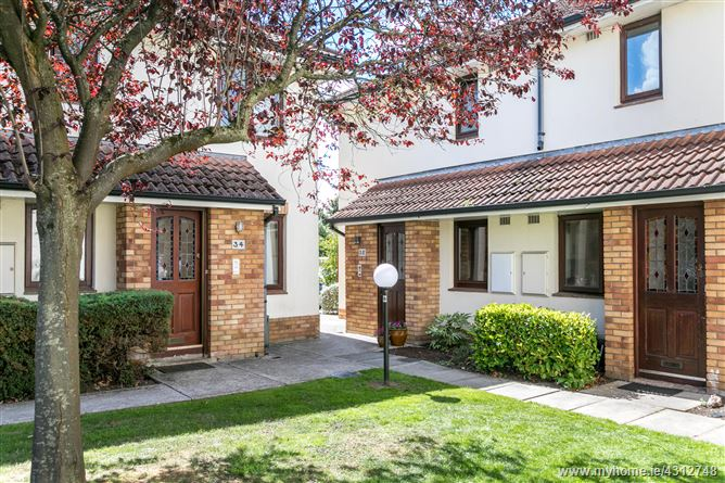35 The Poplars, Monkstown, Dublin