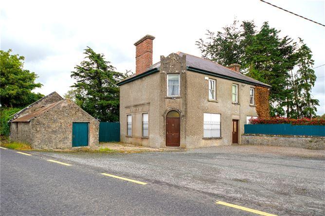 Main image for Griffins Bar, Skenakilla Cross, Castletownroche, Co Cork, P51 WA00