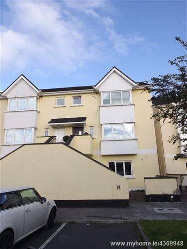 100 Riverside, Portarlington, Co. Offaly.
