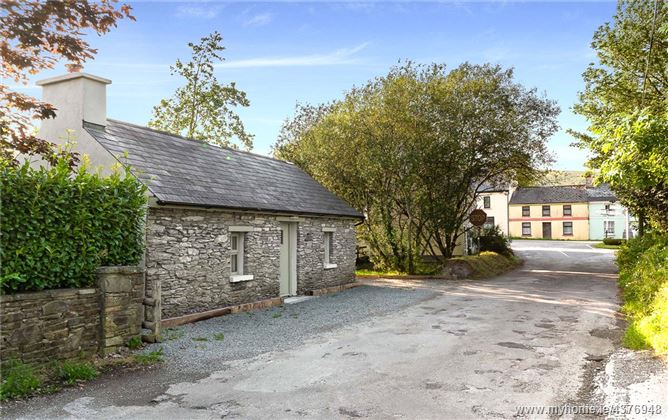The Old Forge, Crossroads, Kenmare, Co. Kerry, V93 RF66