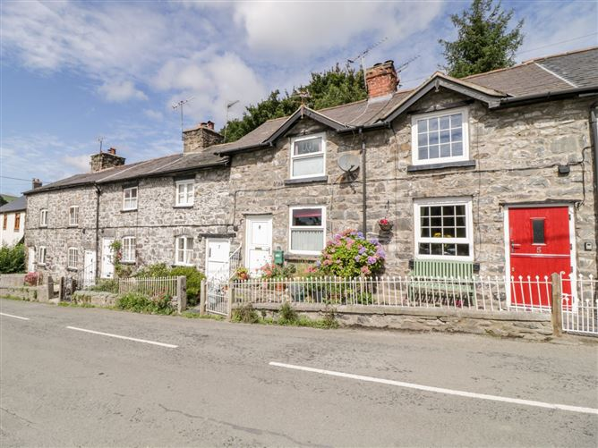 Main image for Roseberry Cottage,Llanrhaeadr-ym-Mochnant, Powys, Wales