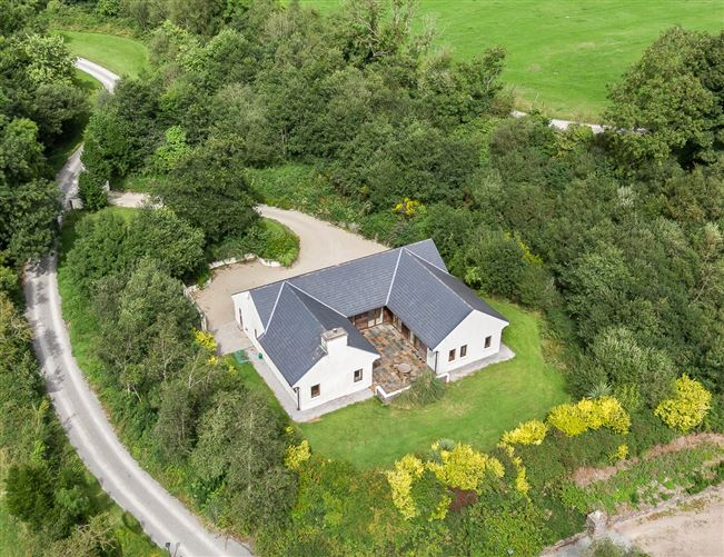 Main image for 3 Cahir Lodges,Cahir West,Kenmare,Co Kerry,V93 F821