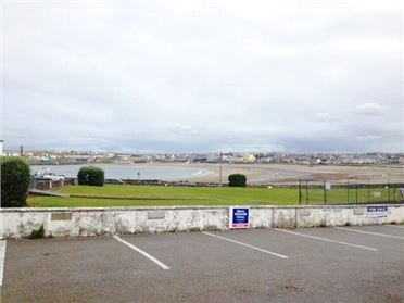 Photo of Merton Square, Kilkee, Co Clare