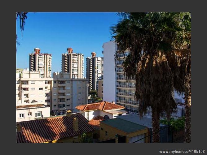 Calledel Colegial, 29620, Torremolinos, Spain