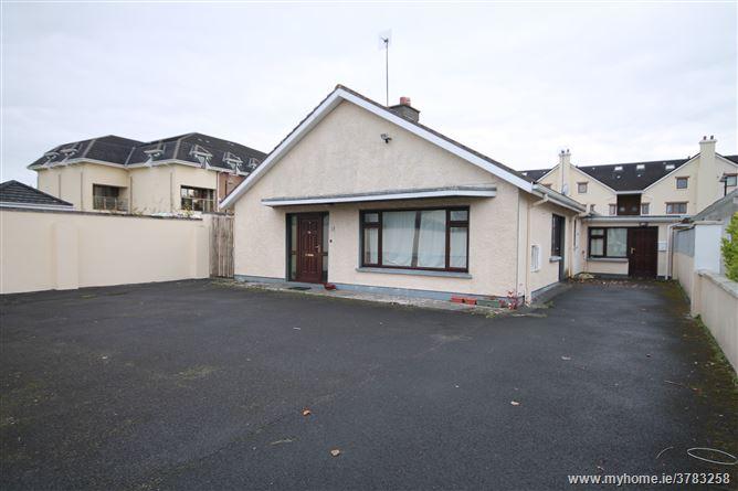 10 Cloonarkin Drive, Oranmore, Galway
