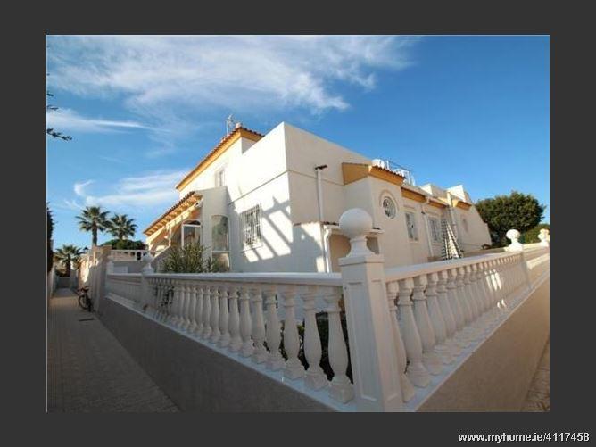 Calle, 03186, Torrevieja, Spain