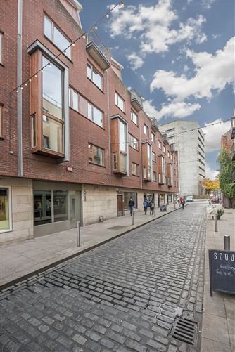 Main image for Scarlett Row, Temple Bar, Dublin 2