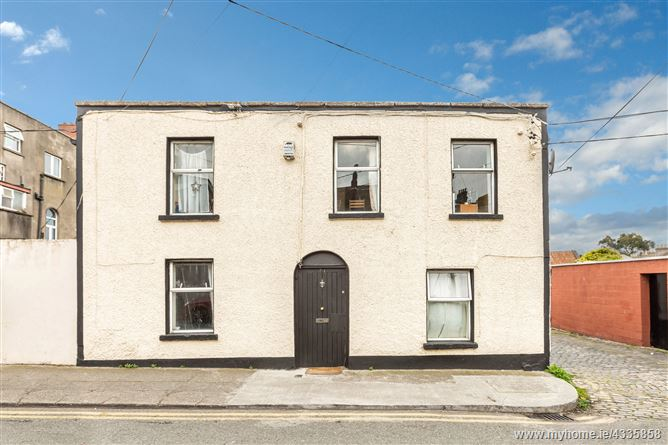 21 Richmond Cottages, North Circular Road, Dublin 1