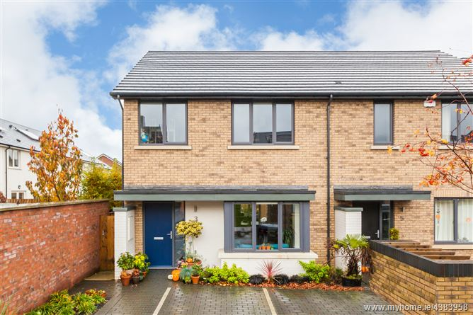 Main image for 3 Grace Park Grove, Grace Park Wood, Drumcondra, Dublin 9