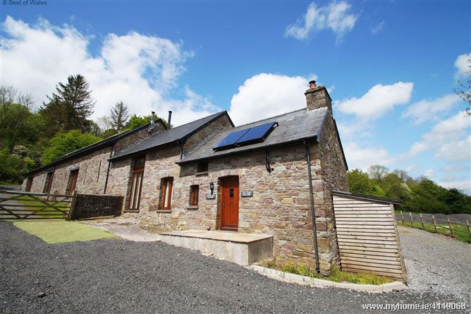 Onnen Fawr Cottage,Brecon, Powys, Wales