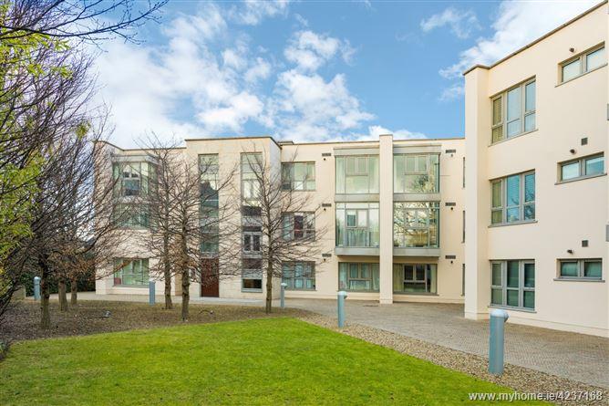 4 Booterstown Hall, Booterstown Avenue, Booterstown, County Dublin