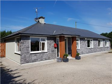 "Main image of ""Warren Lodge"", Old Road, Monasterboice, Drogheda, Louth"
